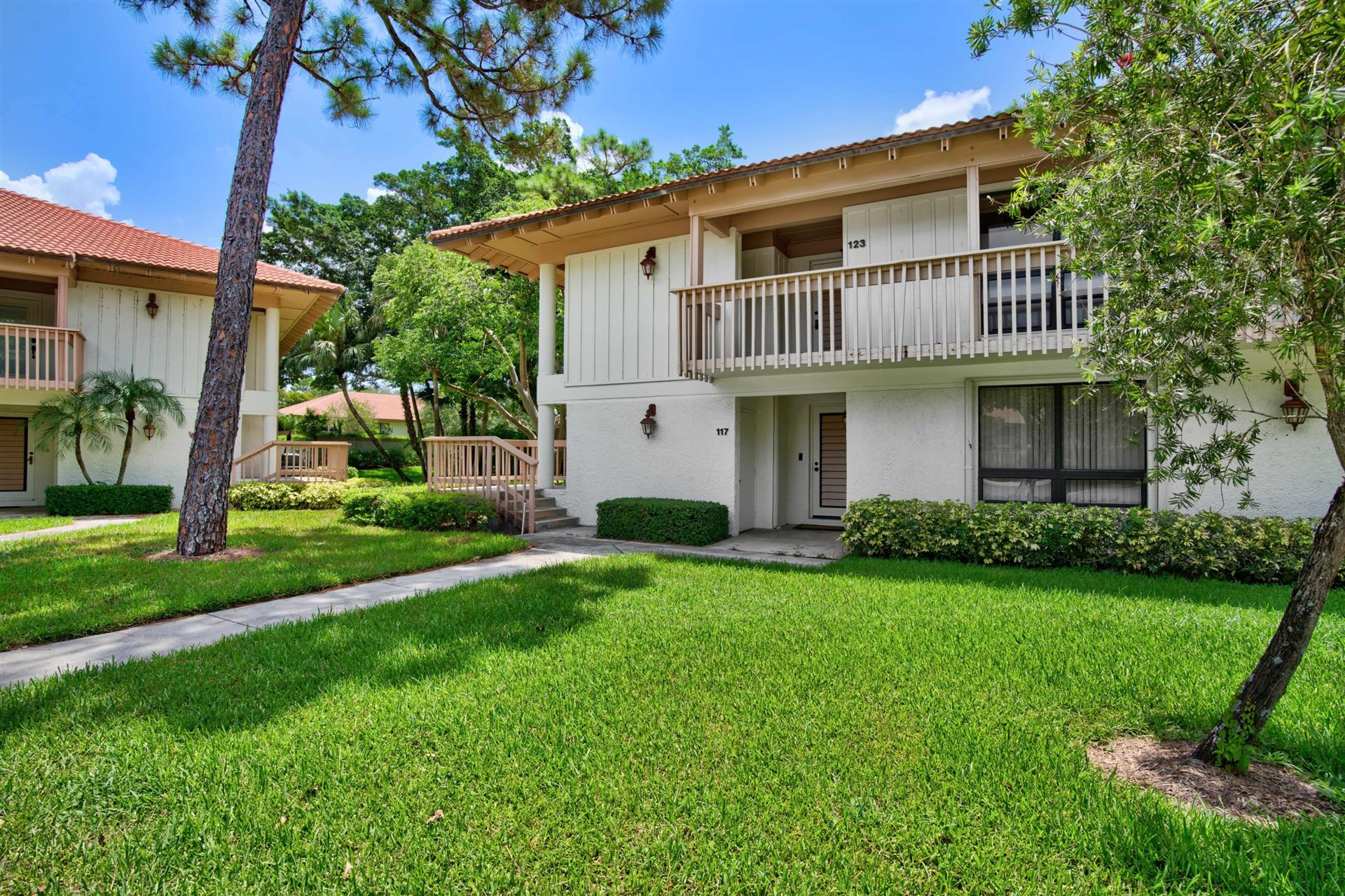 117 Brackenwood Road, Palm Beach Gardens, FL 33418 - #: RX-10637215