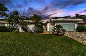 Photo of 25 Northwoods Lane, Boynton Beach, FL 33436 (MLS # RX-10570216)