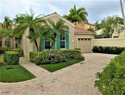 Photo of 34 Via Verona, Palm Beach Gardens, FL 33418 (MLS # RX-10593216)
