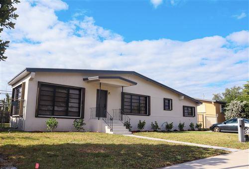 Photo of 7870 SW 17th Terrace, Miami, FL 33155 (MLS # RX-10693216)