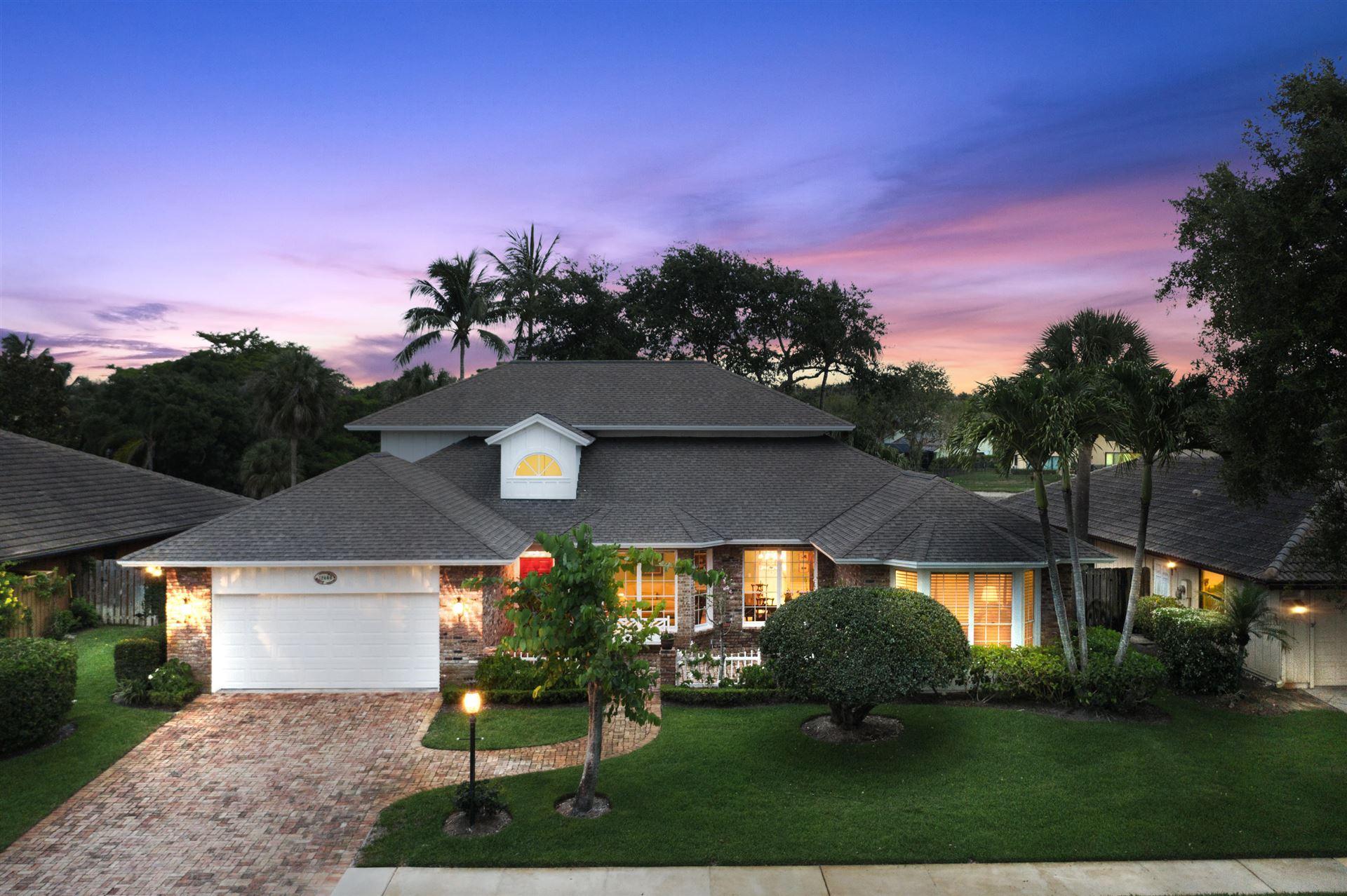 Photo of 12886 La Rochelle Circle, Palm Beach Gardens, FL 33410 (MLS # RX-10726216)
