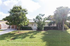 Photo of 9858 Daisy Avenue, Palm Beach Gardens, FL 33410 (MLS # RX-10563217)