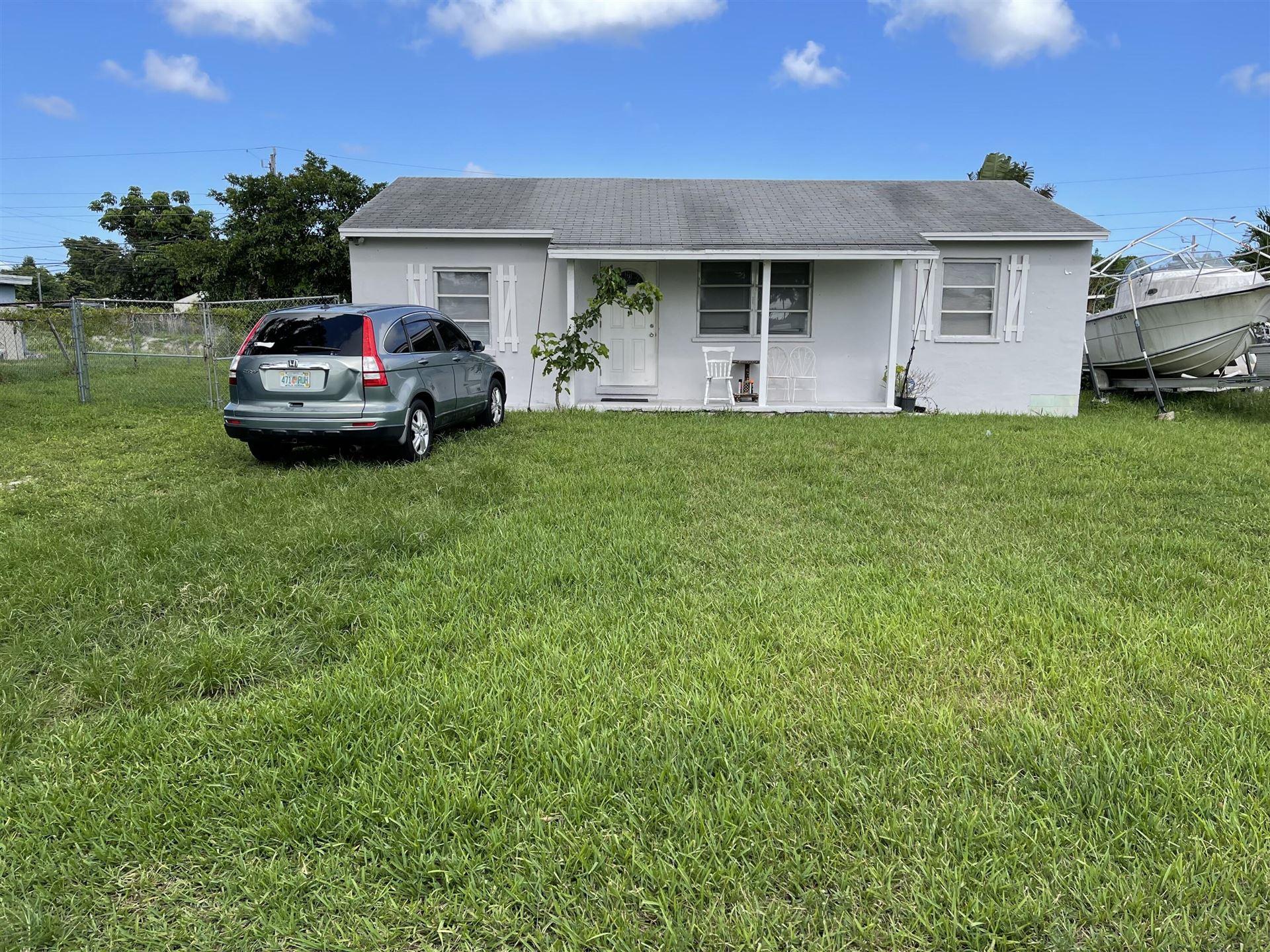 1556 E Breezy Lane, West Palm Beach, FL 33417 - MLS#: RX-10754218