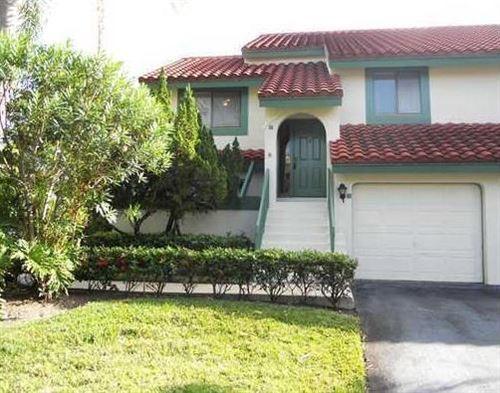 Foto de inmueble con direccion 17 Lexington Lane W #E Palm Beach Gardens FL 33418 con MLS RX-10626222
