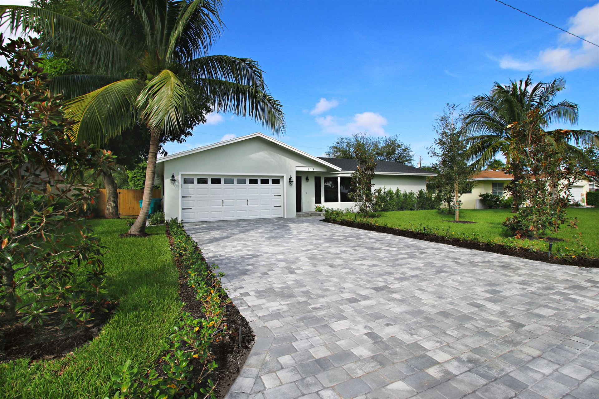 719 SW 27th Terrace, Boynton Beach, FL 33435 - #: RX-10670222