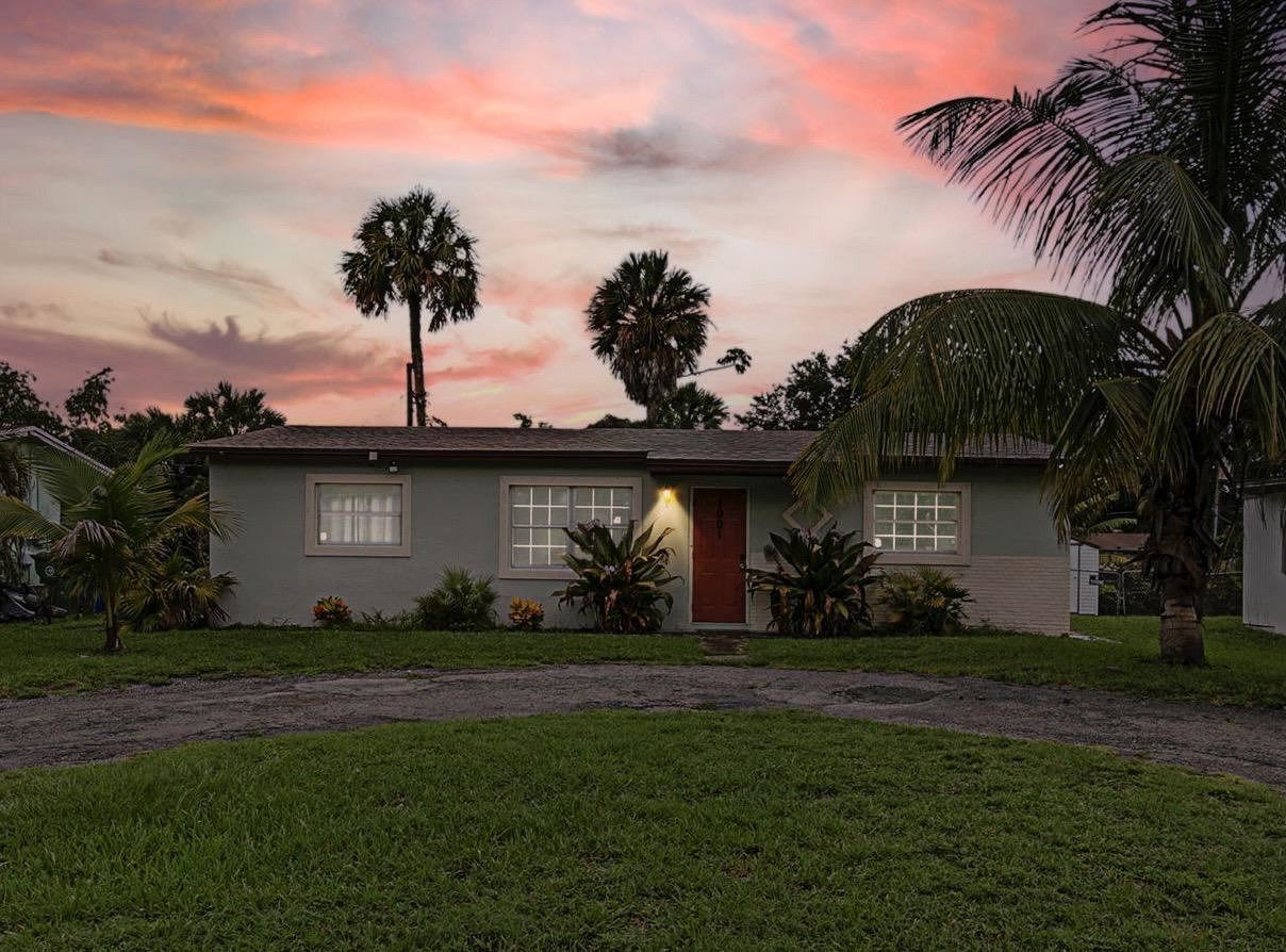 1001 SW 32nd Court, Fort Lauderdale, FL 33315 - MLS#: RX-10729222