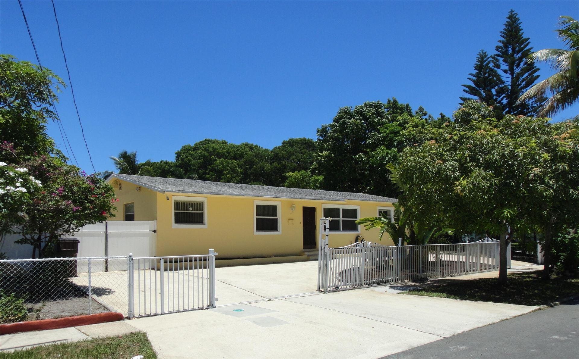 701 Franklin Road, West Palm Beach, FL 33405 - MLS#: RX-10732222