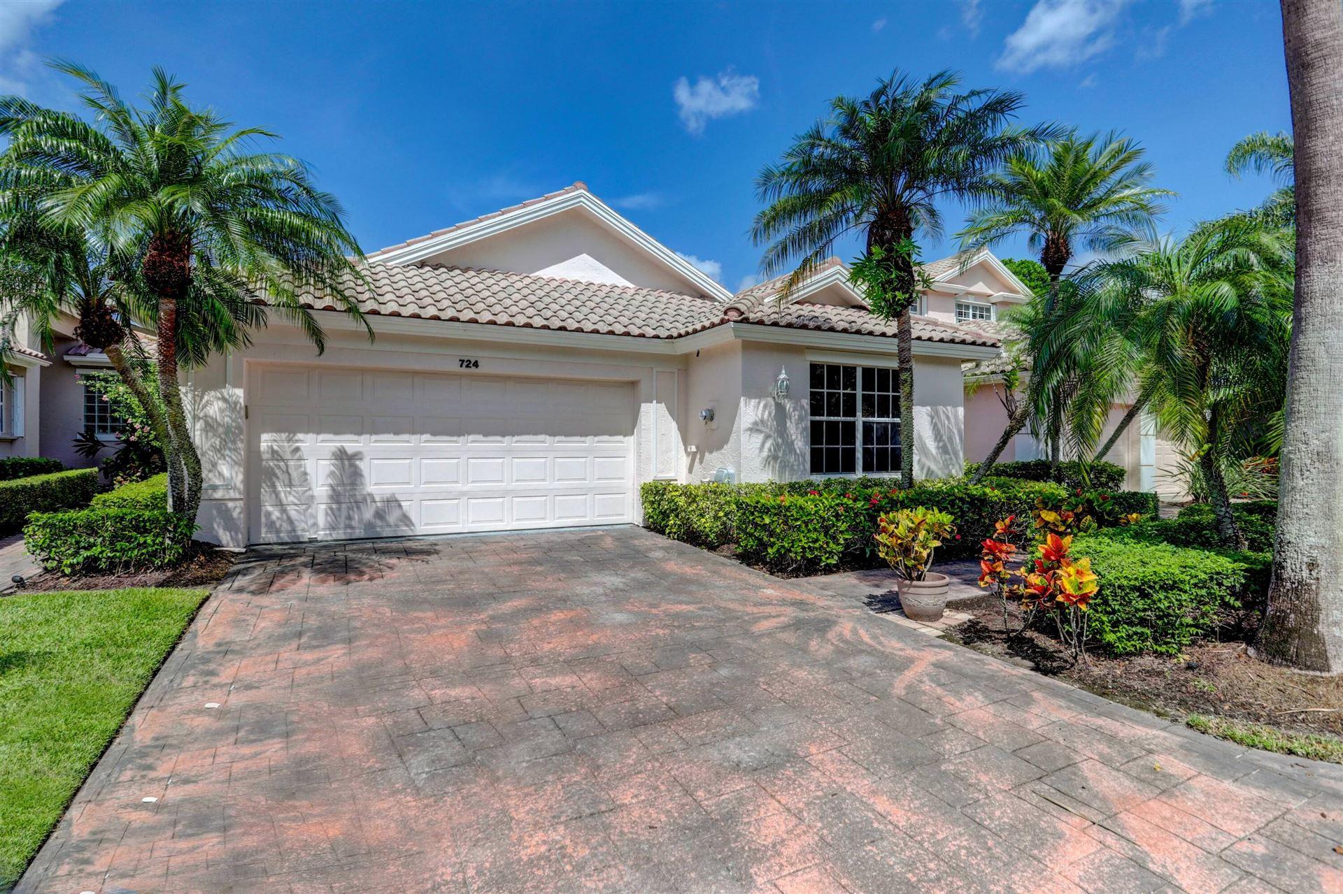Photo of 724 Pinehurst Way, Palm Beach Gardens, FL 33418 (MLS # RX-10735222)