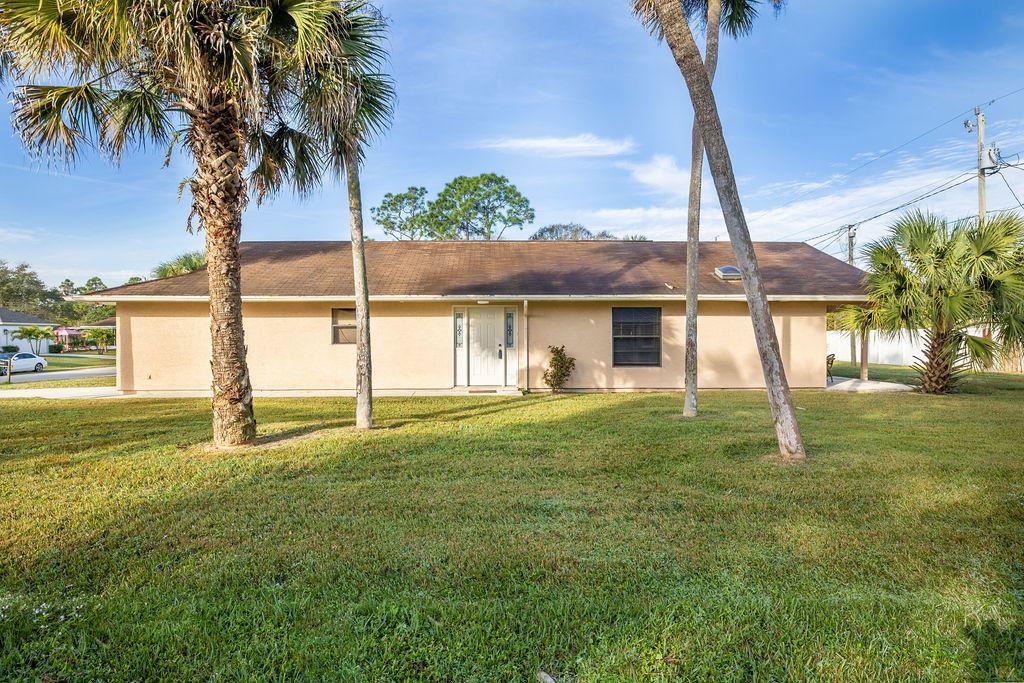 1573 SW Dycus Avenue, Port Saint Lucie, FL 34953 - #: RX-10685223
