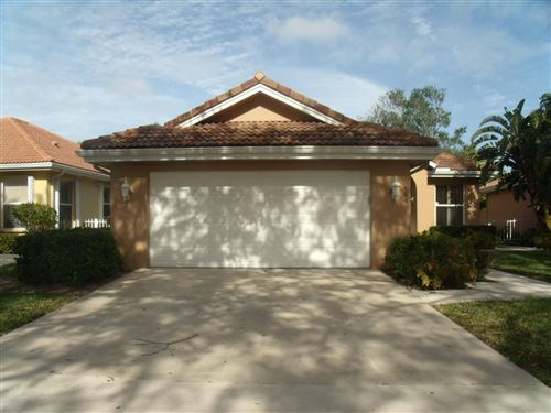 Photo of 137 E Hampton Way, Jupiter, FL 33458 (MLS # RX-10594224)