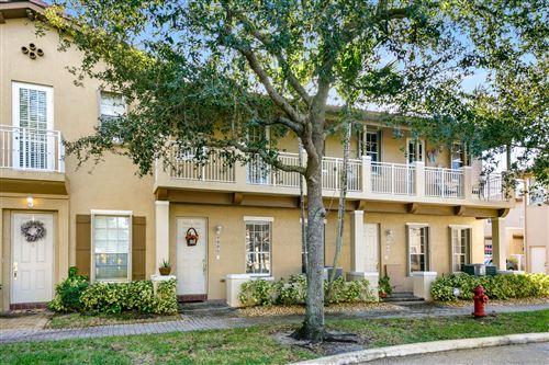 Photo of 402 NW 25th Avenue, Boynton Beach, FL 33426 (MLS # RX-10674226)