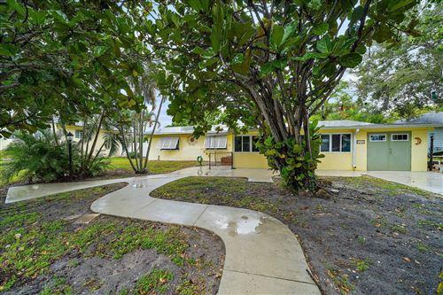 Photo of 1510 Seabrook Road, Jupiter, FL 33469 (MLS # RX-10754226)