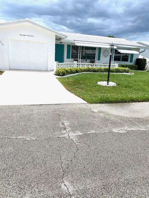 Photo of 1717 SW 19th Drive, Boynton Beach, FL 33426 (MLS # RX-10715226)