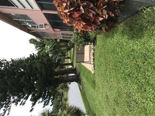 Photo of 31 Norwich B, West Palm Beach, FL 33417 (MLS # RX-10747227)