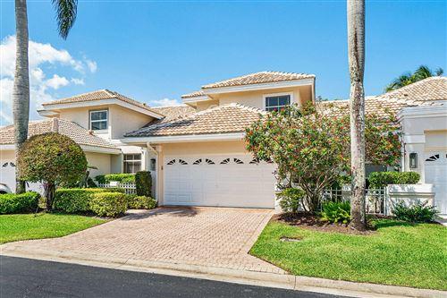 Photo of 5150 Windsor Parke Drive, Boca Raton, FL 33496 (MLS # RX-10613228)