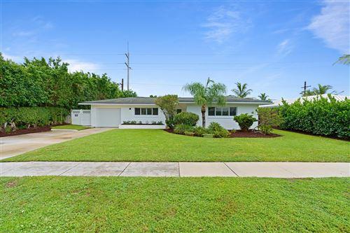 Photo of 1332 SW 9th Avenue, Boca Raton, FL 33486 (MLS # RX-10747228)
