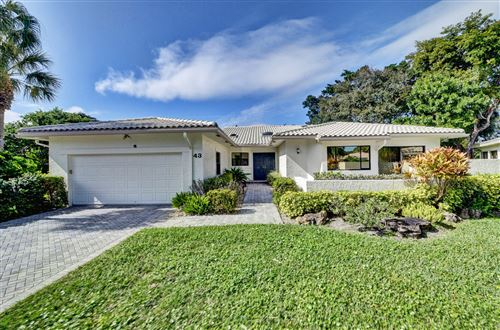 Photo of 43 Hampshire Lane, Boynton Beach, FL 33436 (MLS # RX-10594230)