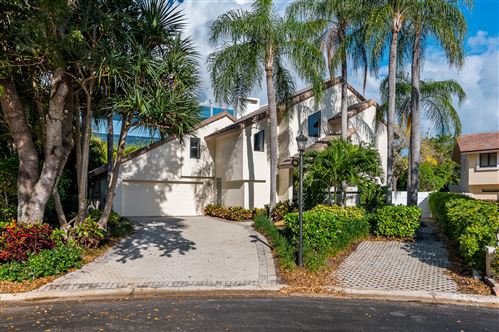 Photo of 501 Sandpiper Way, Boca Raton, FL 33431 (MLS # RX-10612230)