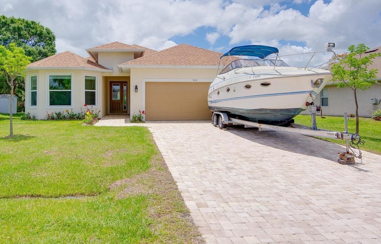 930 SW Versailles Avenue, Port Saint Lucie, FL 34953 - #: RX-10613230