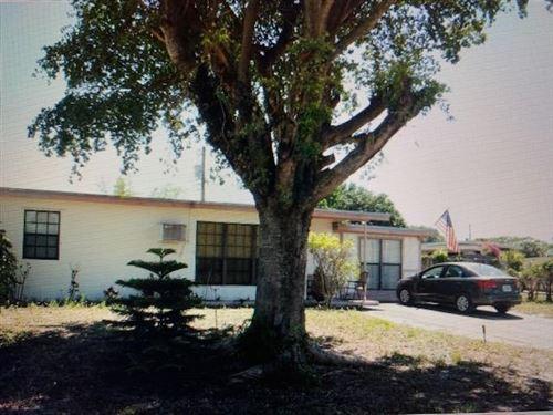 Foto de inmueble con direccion 4040 NE 13th Avenue Pompano Beach FL 33064 con MLS RX-10664231