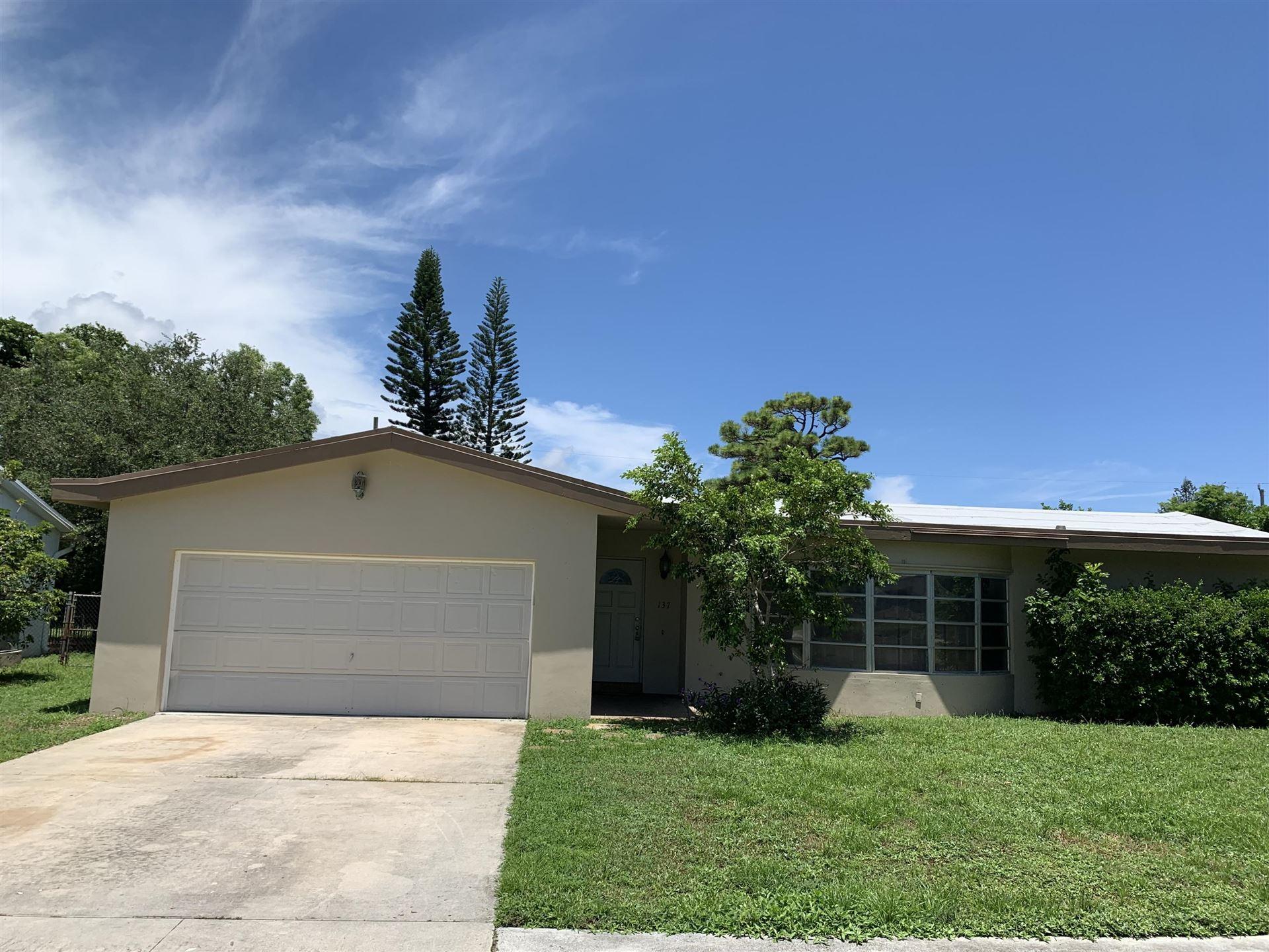 137 SE 27th Avenue, Boynton Beach, FL 33435 - MLS#: RX-10737231