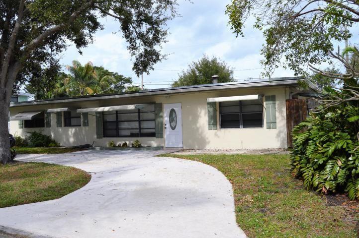 2091 N Palm Circle, North Palm Beach, FL 33408 - #: RX-10559233