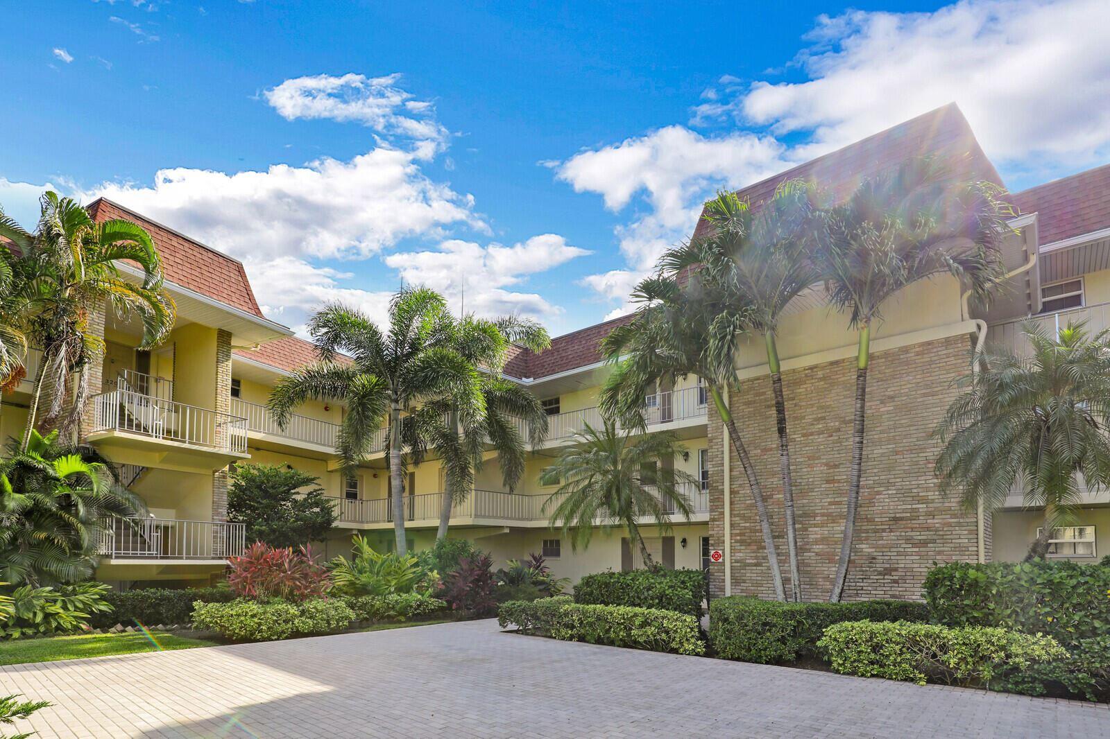 5540 Tamberlane Circle #218, Palm Beach Gardens, FL 33418 - #: RX-10744233