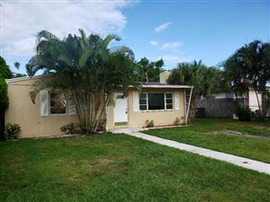 Photo of 2369 Clubhouse Drive, West Palm Beach, FL 33409 (MLS # RX-10562234)