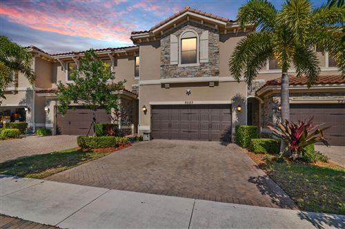 Photo of 9583 Town Parc Circle S, Parkland, FL 33076 (MLS # RX-10687234)