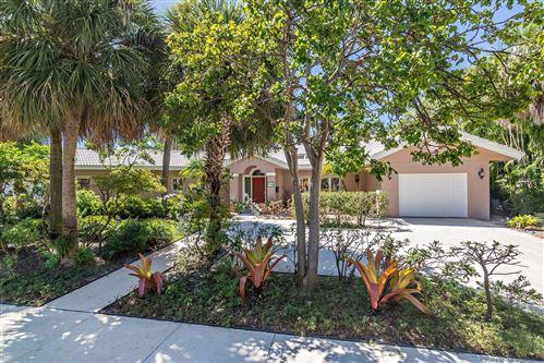 Foto de inmueble con direccion 136 Edgewood Drive West Palm Beach FL 33405 con MLS RX-10652235