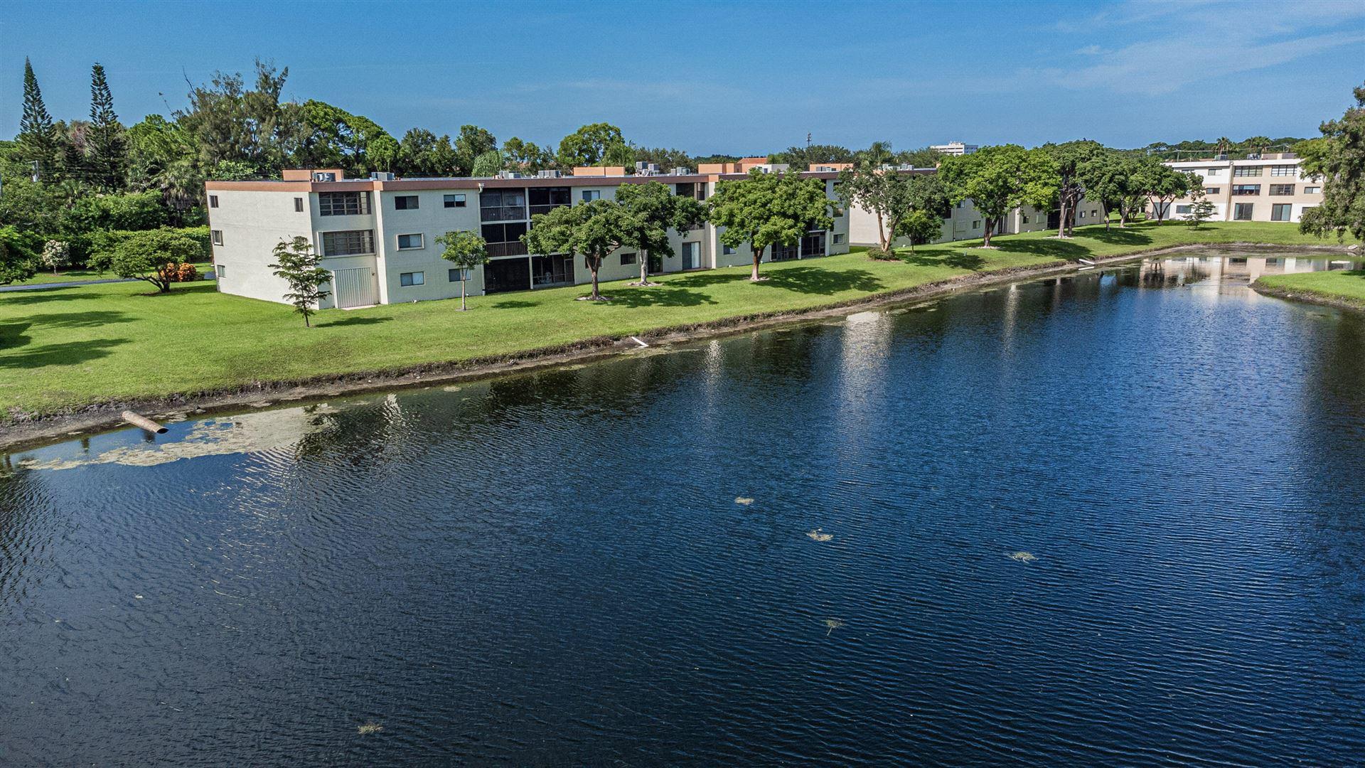 Photo of 5598 Witney Drive #109, Delray Beach, FL 33484 (MLS # RX-10733235)