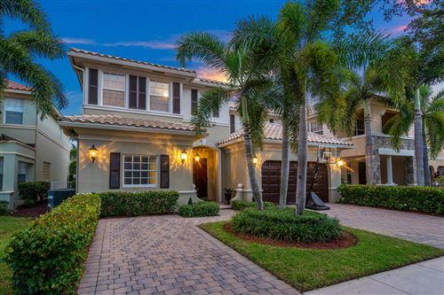 Photo of 9821 Cobblestone Creek Drive, Boynton Beach, FL 33472 (MLS # RX-10648236)