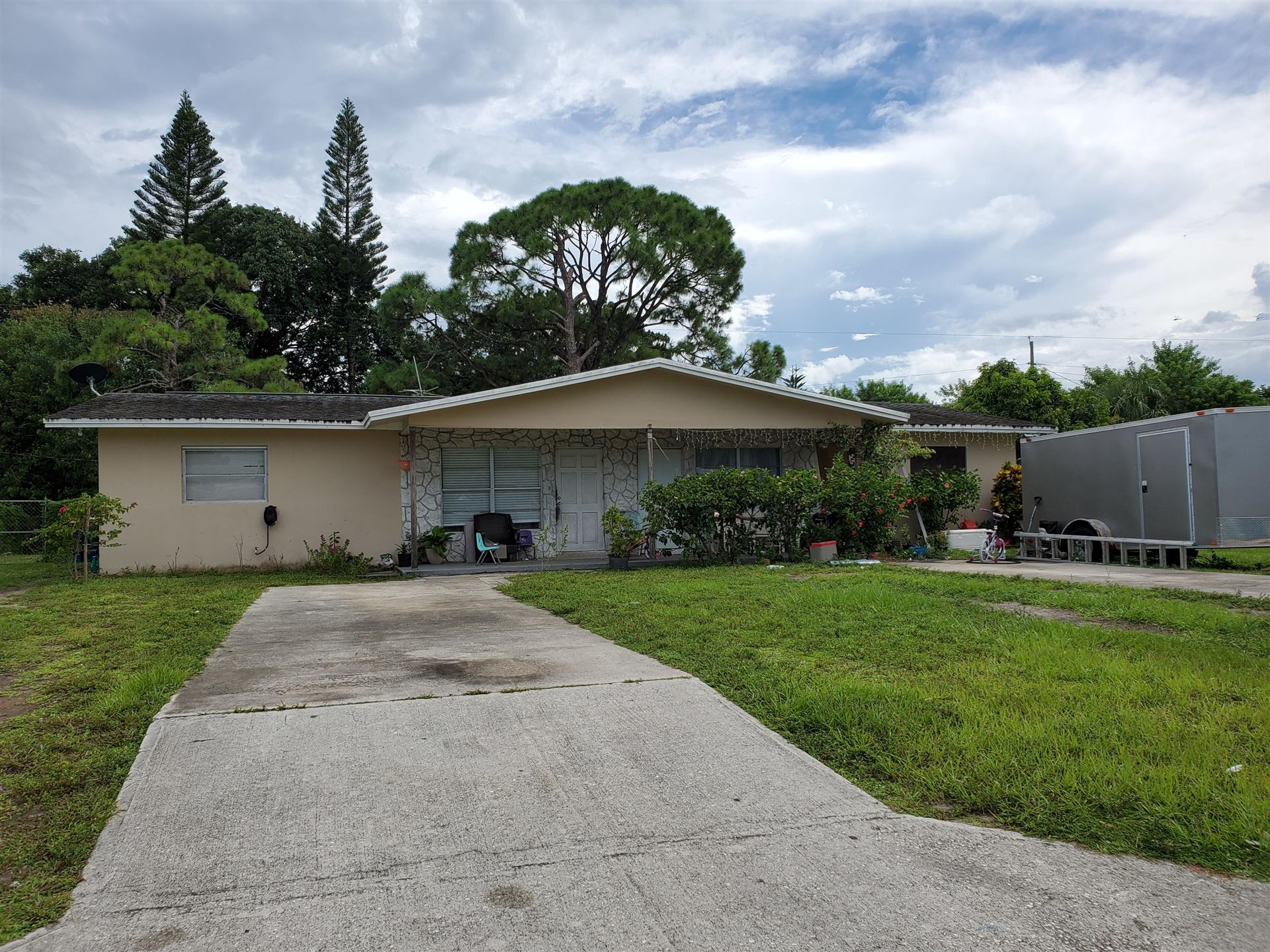 709 Skylark Drive, Fort Pierce, FL 34982 - #: RX-10644236