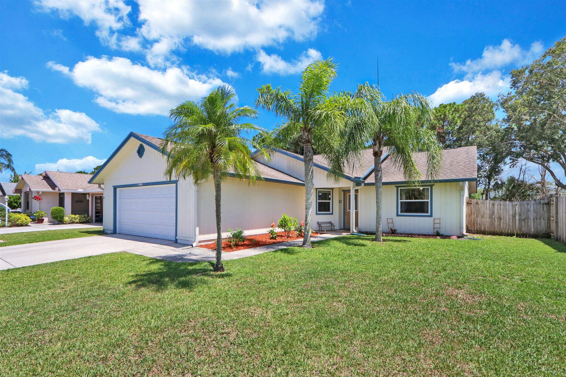 4242 SE Satinleaf Place, Stuart, FL 34997 - MLS#: RX-10722236