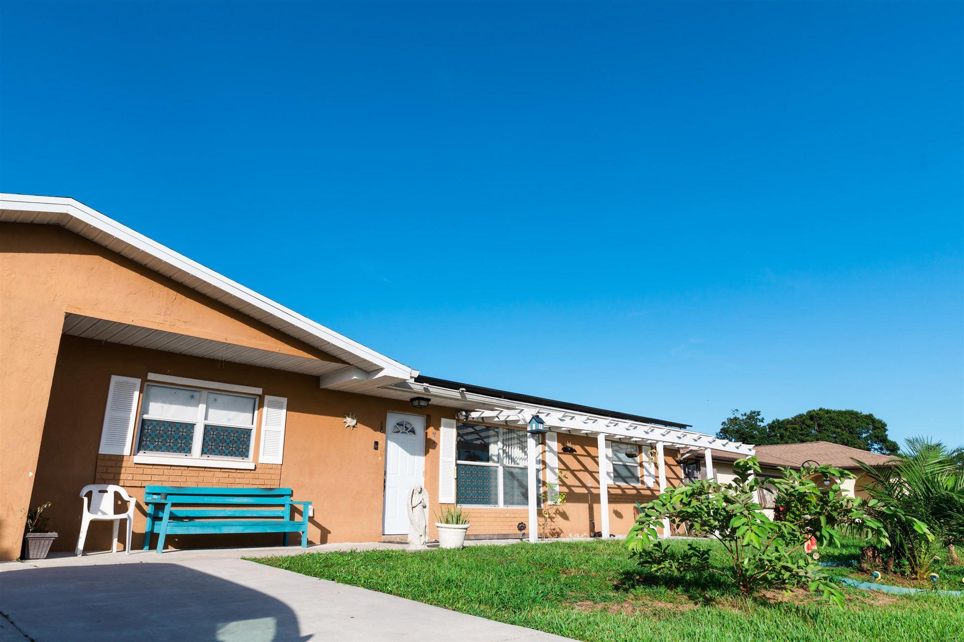 435 SE Asbury Lane, Port Saint Lucie, FL 34983 - #: RX-10732236