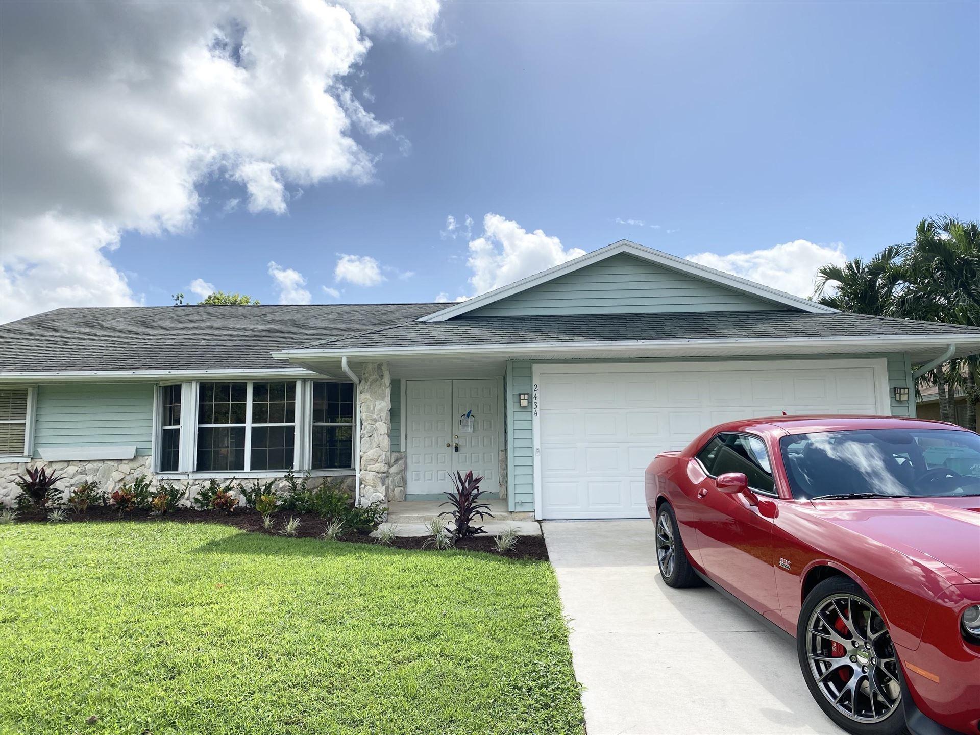 2434 SW Falcon Circle, Port Saint Lucie, FL 34953 - #: RX-10666238