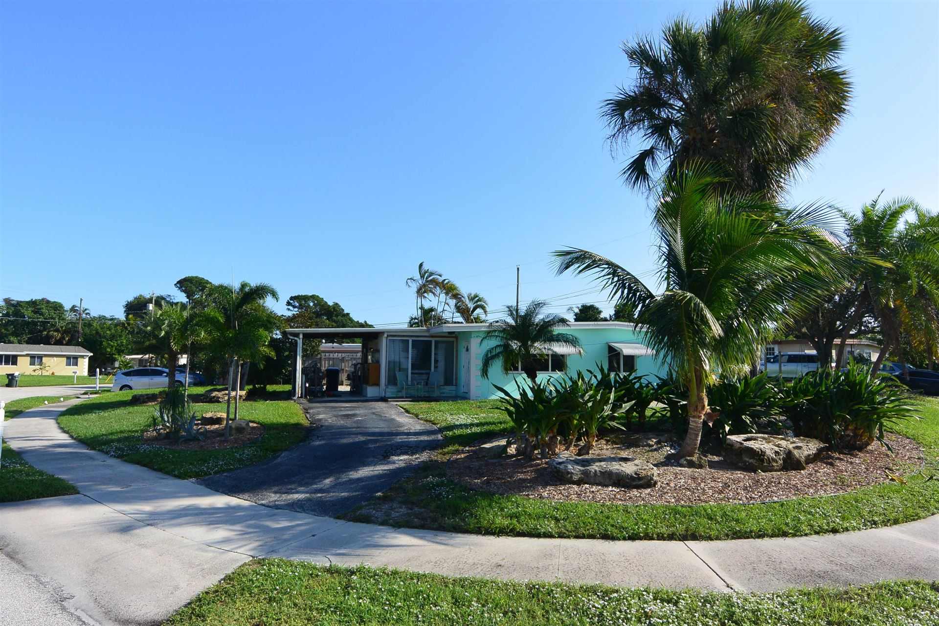 1225 Lake Geneva Drive, Lake Worth, FL 33461 - #: RX-10671238