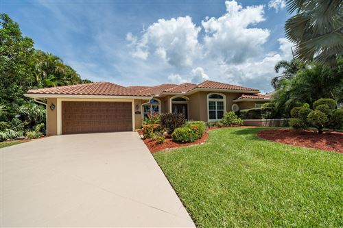Photo of 7821 SE Double Tree Drive, Hobe Sound, FL 33455 (MLS # RX-10637240)