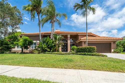 Photo of 6774 Newport Lake Circle, Boca Raton, FL 33496 (MLS # RX-10622243)
