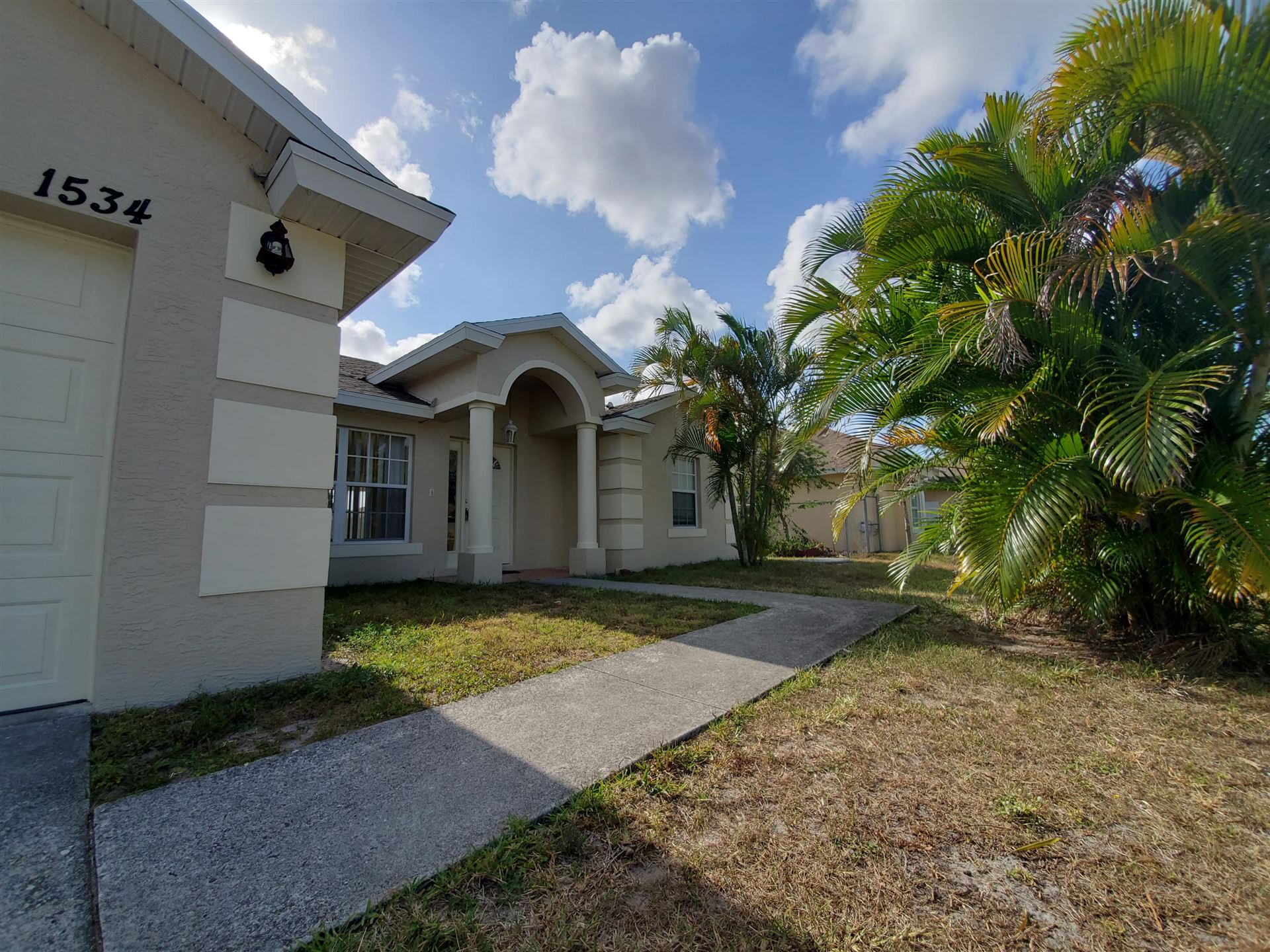 1534 SW Hutchins Street SW, Port Saint Lucie, FL 34983 - #: RX-10722244