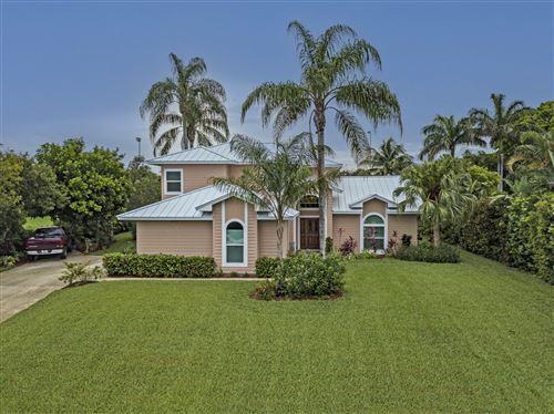 Photo of 8397 SE Woodcrest Place SE, Hobe Sound, FL 33455 (MLS # RX-10726245)