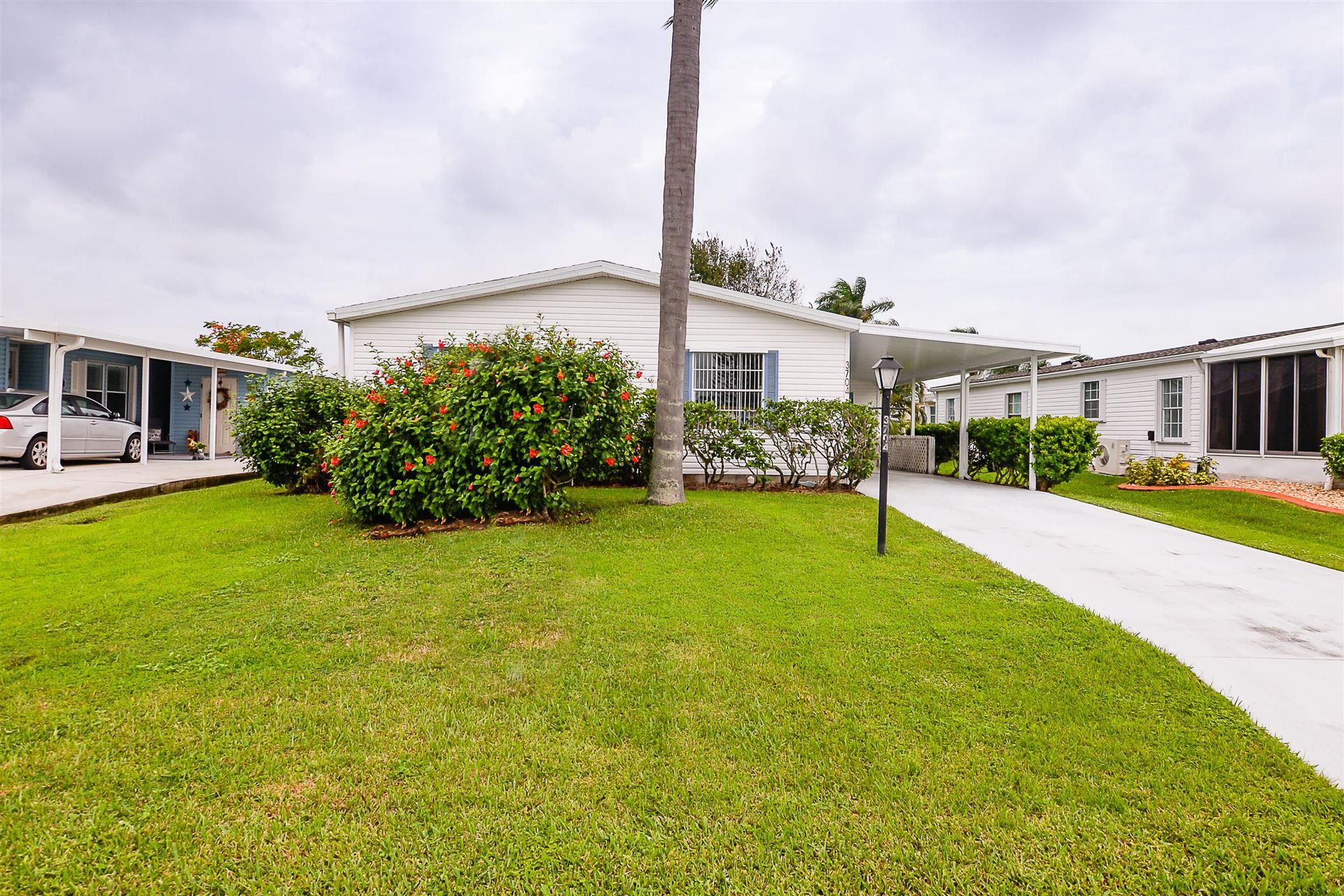 3704 Crabapple Drive, Port Saint Lucie, FL 34952 - #: RX-10665245
