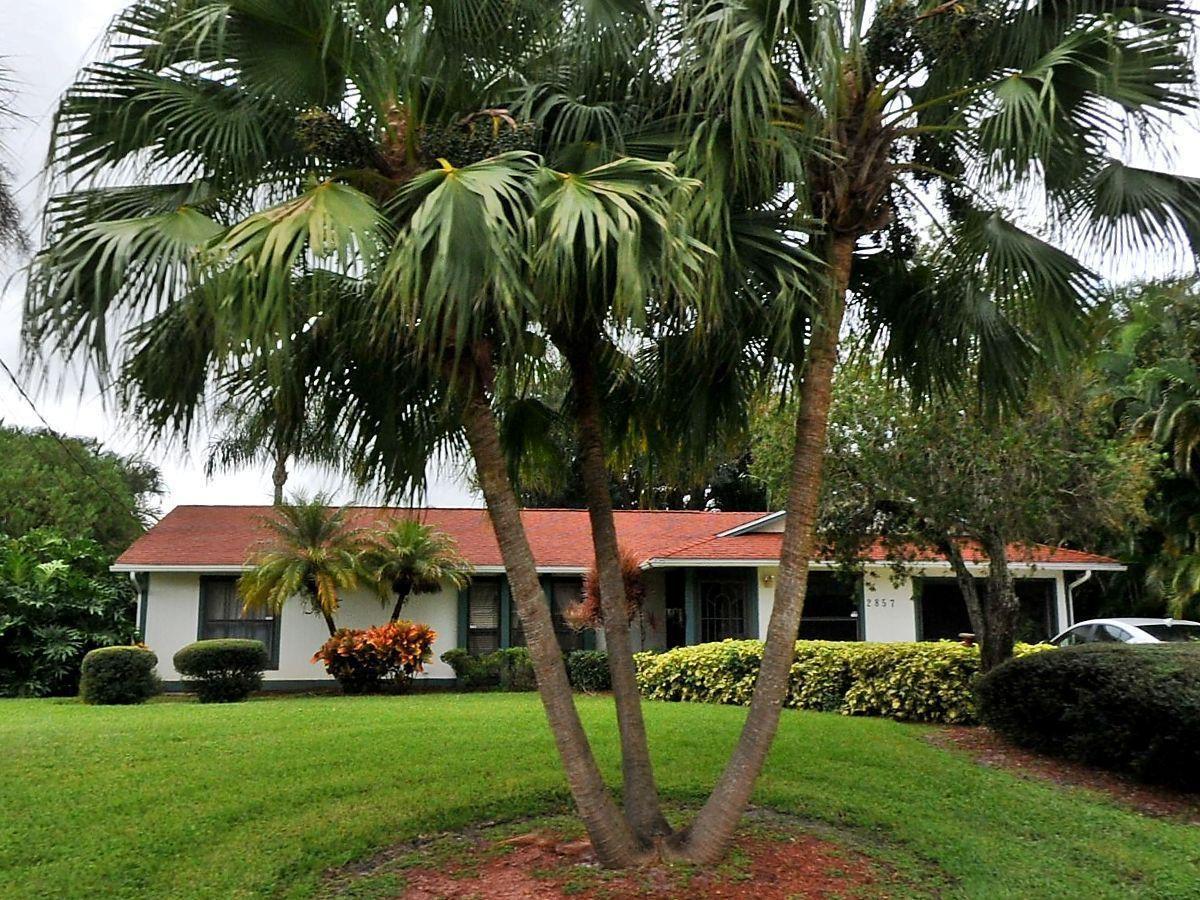2857 SW East Louise Circle, Port Saint Lucie, FL 34953 - #: RX-10717246