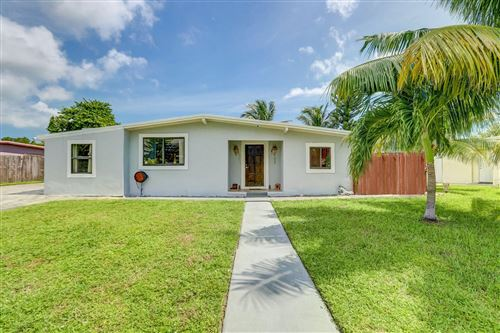 Photo of 4010 NE 15th Terrace, Pompano Beach, FL 33064 (MLS # RX-10659247)