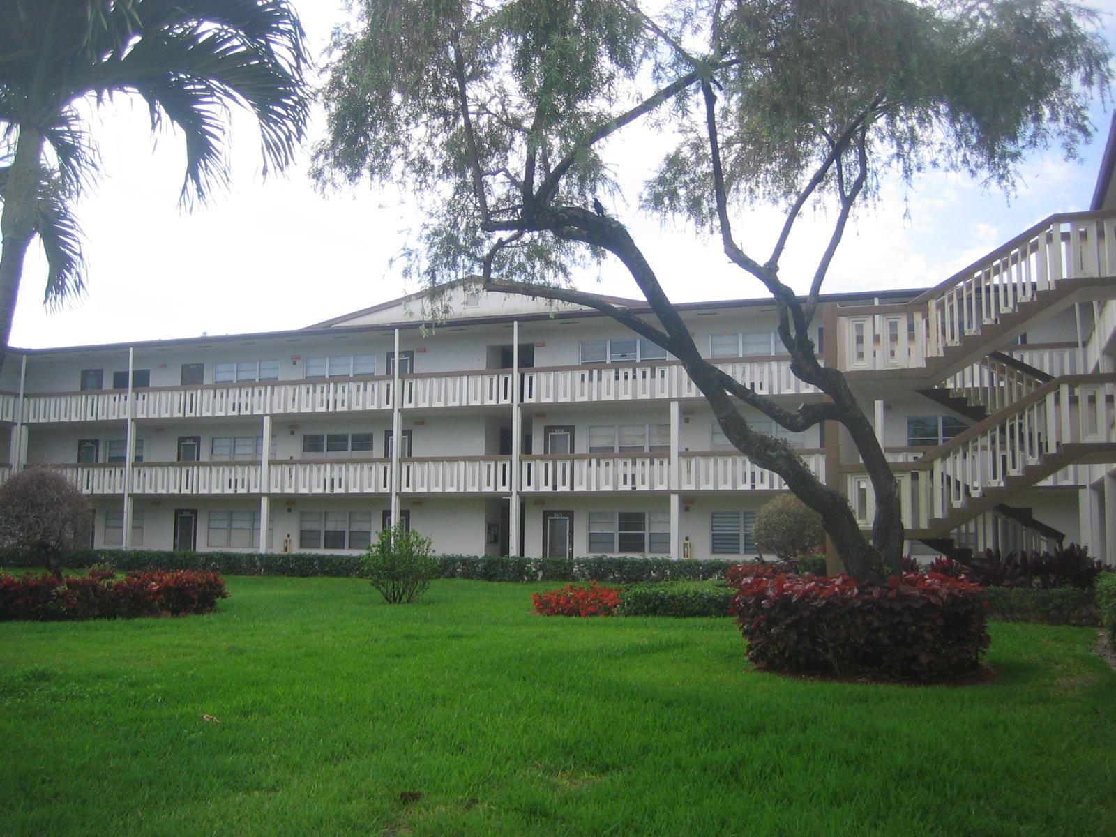 176 E Mansfield E, Boca Raton, FL 33434 - MLS#: RX-10710248