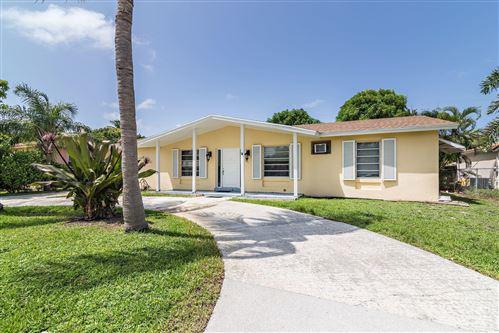 Foto de inmueble con direccion 351 Edmor Road West Palm Beach FL 33405 con MLS RX-10650250