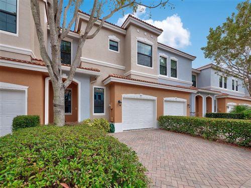 Photo of 107 W Gramercy Square Drive, Delray Beach, FL 33484 (MLS # RX-10697252)