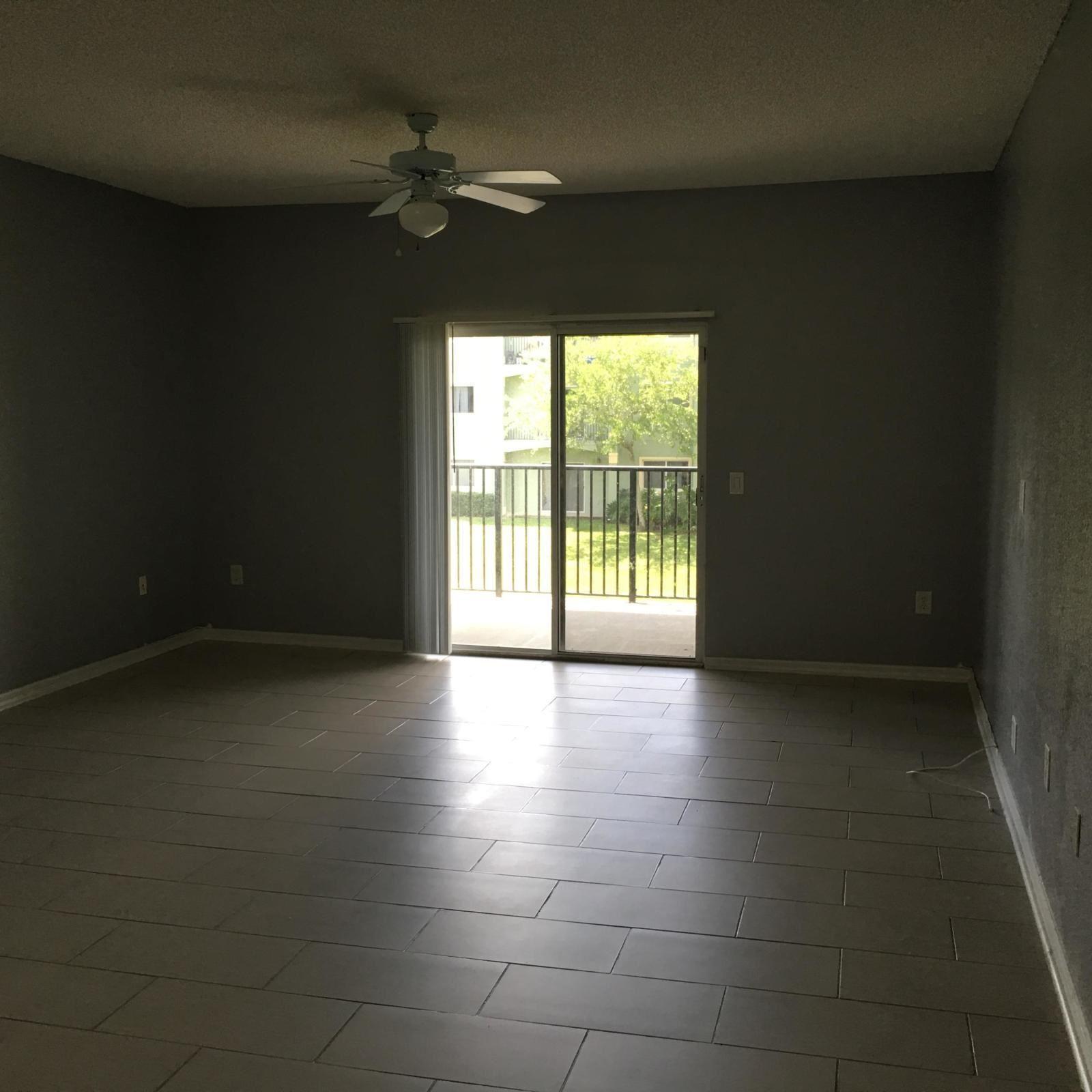 320 Crestwood Circle #206, Royal Palm Beach, FL 33411 - #: RX-10670252