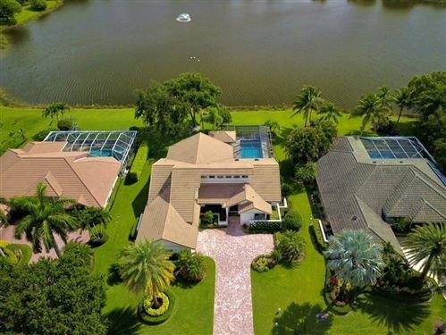 Photo of 135 Brookhaven Court, Palm Beach Gardens, FL 33418 (MLS # RX-10639256)
