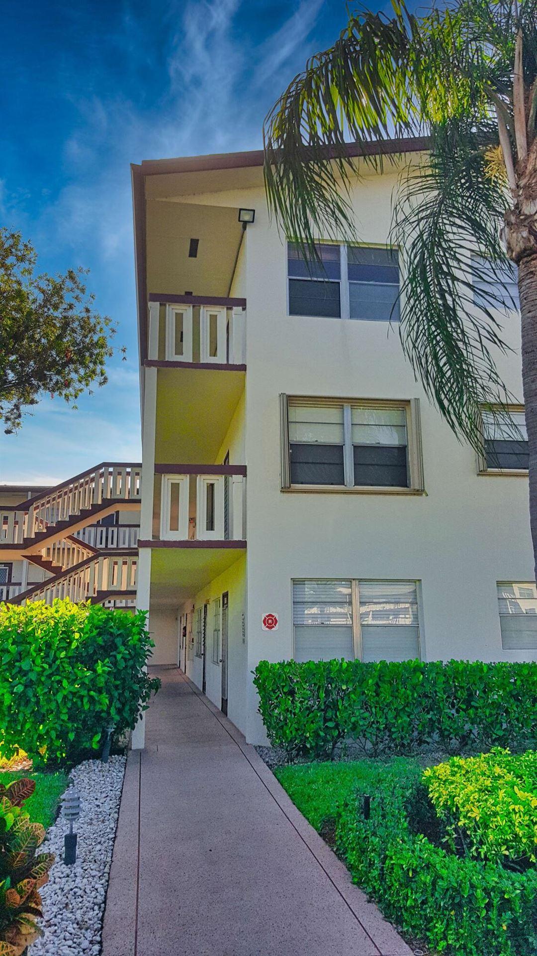 210 Fanshaw E, Boca Raton, FL 33434 - MLS#: RX-10713257